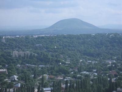 Вид с машука на пятигорск и гору юца